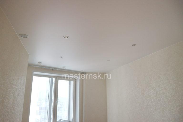 256 Матовый белый натяжной потолок в спальню Новосибирск