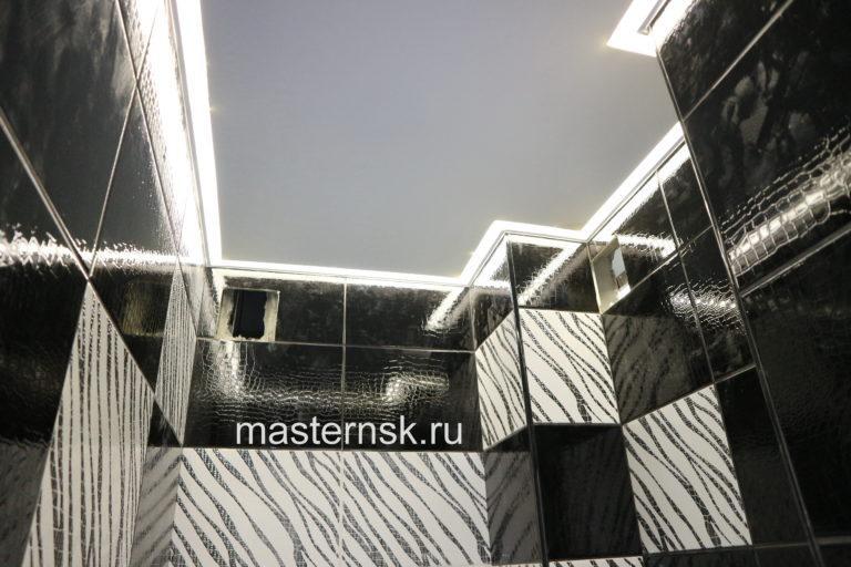 262 Матовый белый натяжной потолок с контурной подсветкой в ванной Новосибирск