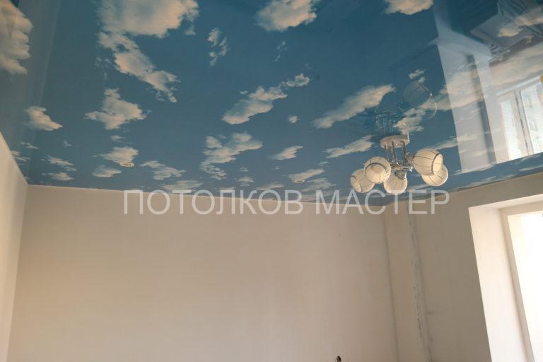 117 Глянцевый потолок с фотопечатью в комнату
