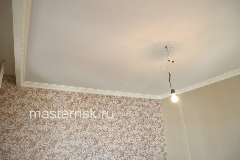 163 Тканевый натяжной белый потолок в комнату