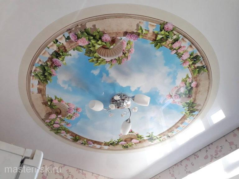 Глянцевый потолок с фотопечатью в спальню
