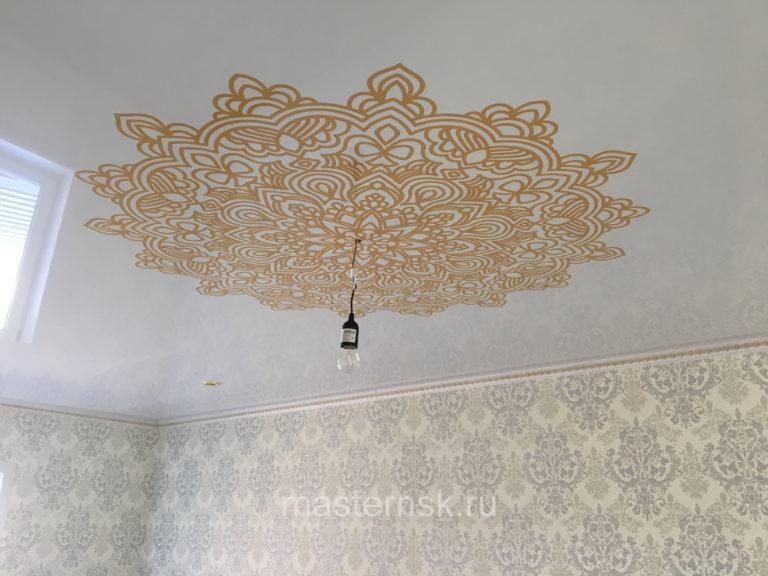 205 Глянцевый натяжной потолок с фотопечатью в спальню Новосибирск
