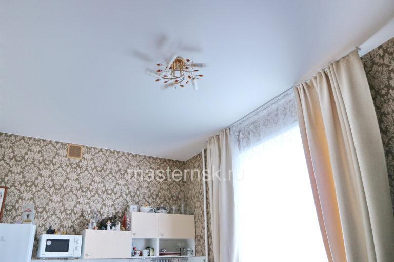 213 Матовый белый натяжной потолок в зал Новосибирск