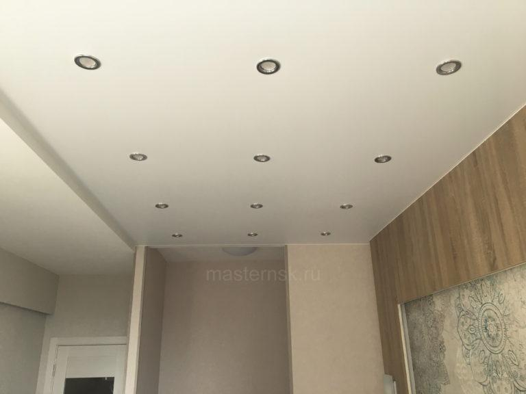 215 Матовый белый натяжной потолок в спальню (комнату) Новосибирск (2)