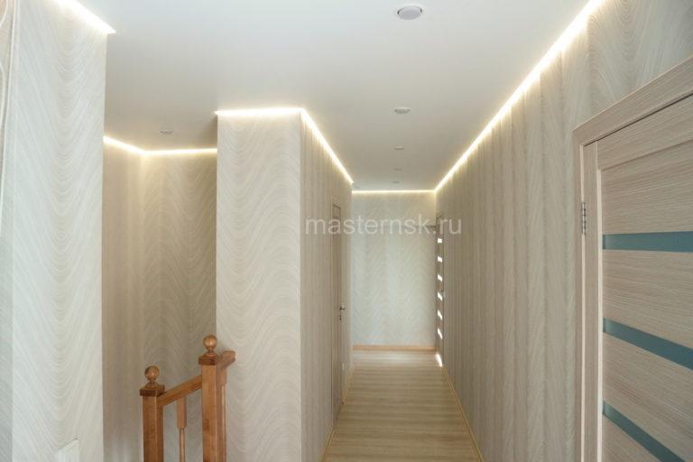 252 Парящий матовый белый натяжной потолок в коридор Новосибирск