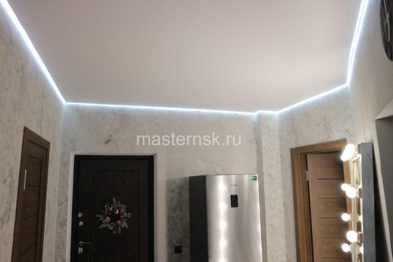 278 Матовый белый парящий натяжной потолок в коридор Новосибирск